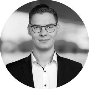 Portraitfoto-Alexander-Heidemann-SRH-Jahresbericht-2020